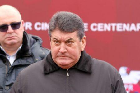 Carieră. Gabriel Oprea, de la vicepreședinte la Jiul Petroșani și bodyguard al lui Miron Cozma la ministrul Afecerilor Interne
