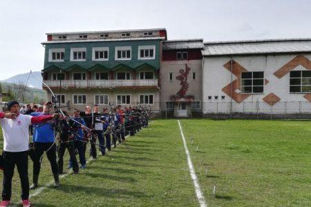 Arcașii de la Aninoasa au ocupat podiumul la Campionatul Național de tir cu arcul de la Iași