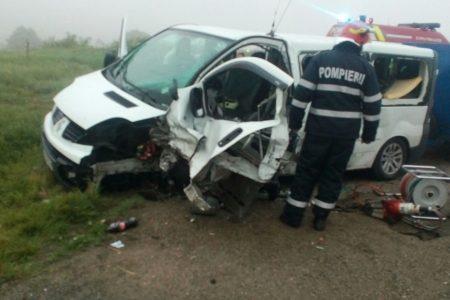 VIDEO. OHABA:Trei persoane au decedat şi două au fost rănite într-un accident de circulaţie