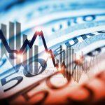 """Desi bancile """"executa"""" clienti care au luat imprumuturi in lei, BNR inaspreste creditarea in euro, moneda care ar trebui sa ia locul leului in 2015"""