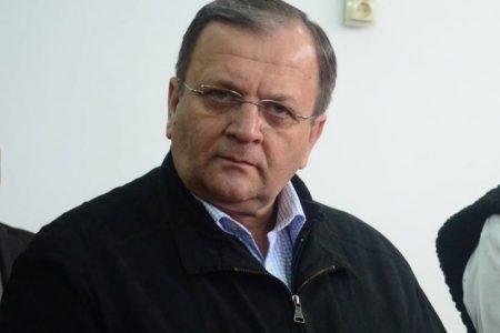 """Gheorghe Flutur rescrie """"Ciocoii vechi si noi"""""""